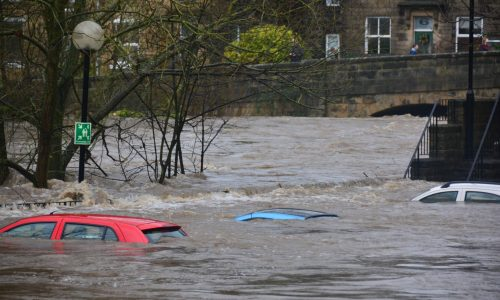 Top 6 Tips to Drive Safely Through Floods